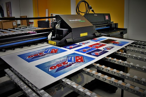 Signs and banners printing